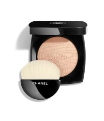 CHANEL POUDRE LUMIÈRE Highlighter