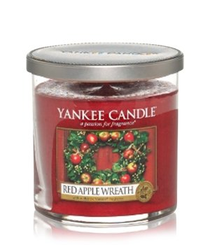 Yankee Candle Perfect Pillar Red Apple Wreath Duftkerze für Damen und Herren