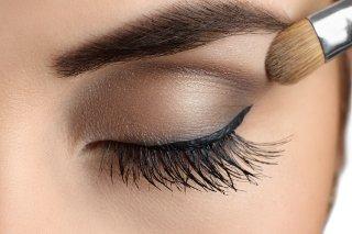 Schminktipps Die Die Augen Vergrossern Make Up Tipps Flaconi