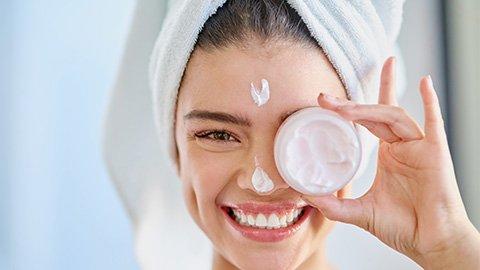 DIY Gesichtscreme auftragen