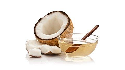 Kokosöl in einer Schüssel