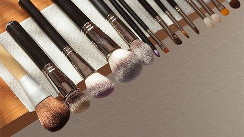 Make-up Pinsel trocknen