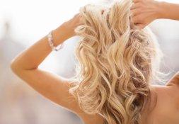 gepflegte Haare aufhellen