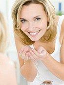 Hautreinigung nach einem Enzympeeling