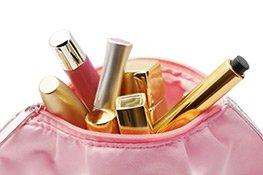 Das tpyische Taschen-Chaos, ohne Kosmetiktasche