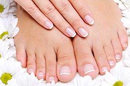 Nagelpflege für schöne Finger- und Fußnägel