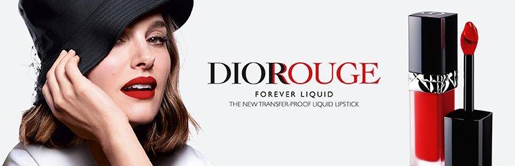Dior Forever Rouge Liquid Lipstick und Frau
