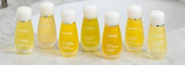 Gelbe Fläschchen der Reihe Darphin Aromatic Care