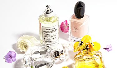 Parfum Flakons von blumigen Düften